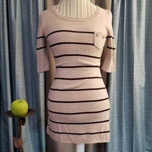 🌻🌺🌻TAKEOUT SWEATER DRESS/TUNIC!!